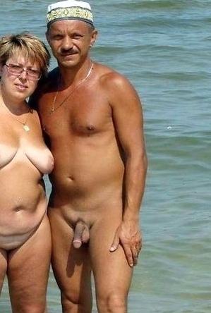 bbw pics,busty nudists,mature nudists,on  beach,