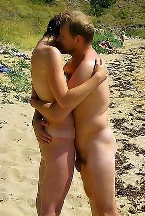exhibitionists,mature nudists,oldy naturists,