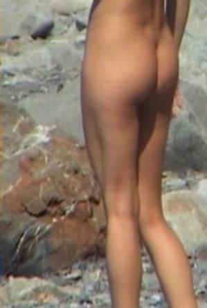 enjoy on the beach,hidden camera,nude,nudist couple,on  beach,