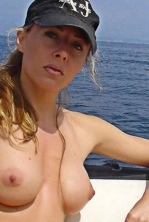 blonde women,nice boobs,nipples,sexual,young girls,