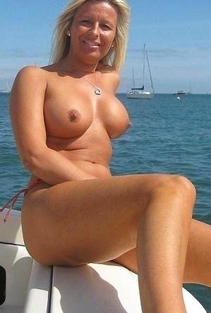 amateur photos,blowjob,busty nudists,mature nudists,