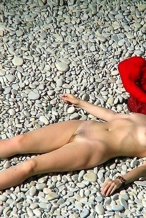 hidden camera,nude,on  beach,voyeurs,