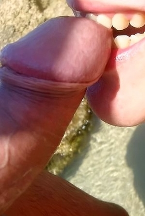 amateur photos,busty nudists,close up,pussy,spreads,