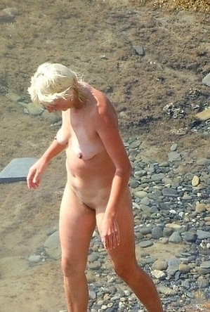 blonde women,busty nudists,hairy pussy,naked girls,nude,on  beach,sexy milf,
