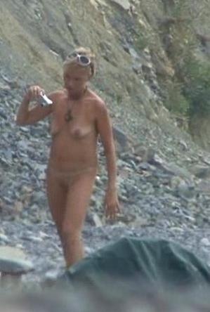 hidden camera,horny girls,mature nudists,nude,nudist couple,on  beach,sex,