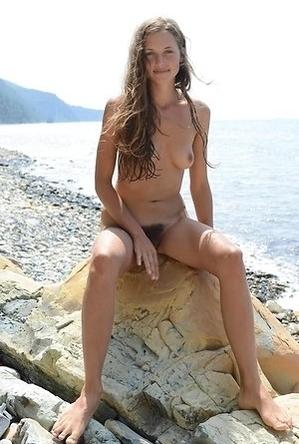 hot chics,on  beach,sex,shameless,