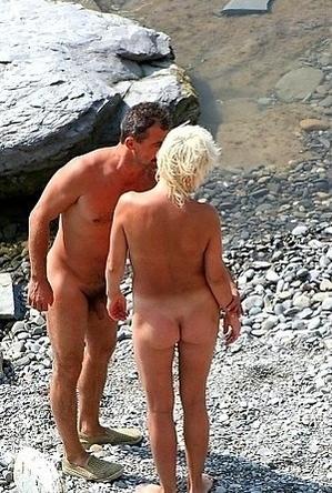 blonde women,busty nudists,mature nudists,nice,nude,nudist party,on  beach,