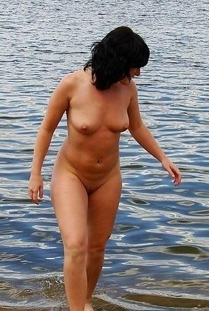 brunette,nude,nudist couple,on  beach,shaved pussies,
